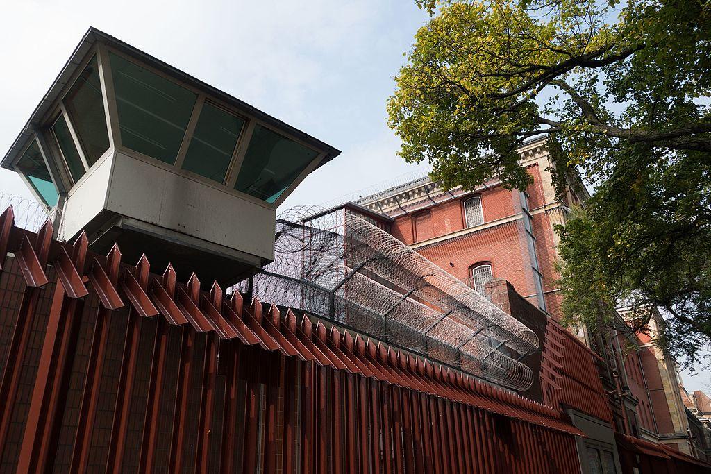 Berlin prison (26299674232).jpg