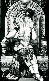 Betty Blythe Queen of Sheba cropped.jpg