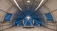 Bilbao - Acceso estación Uribarri 02.jpg