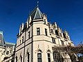 Biltmore House, Biltmore Estate, Asheville, NC (32852512698).jpg