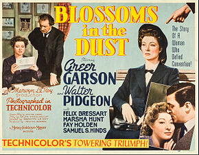 alt=Description de l'image Blossoms in the Dust lobby card.jpg.