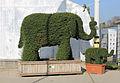 Blumengärten Hirschstetten Wien 2014 Busch-Elefanten a.jpg