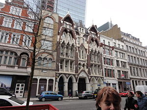 Boar's Head Inn - The current building near the location of the Eastcheap Boar's Head Inn. This was built as a warehouse in 1868. The exterior is decorated with references to the original tavern. It is currently an office building.