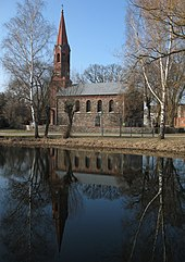 Bochow church pond.jpg