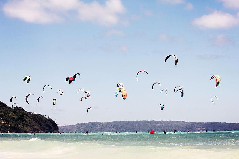 File:Boracay kitesurfing.jpg