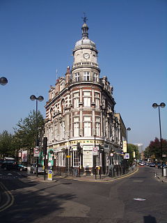 Boston Arms Tufnell Park 2005.jpg