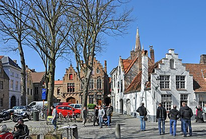 Hoe gaan naar Walplein met het openbaar vervoer - Over de plek