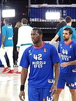 Bryant Dunston 42 Anadolu Efes Euroleague 20171012 (2).jpg