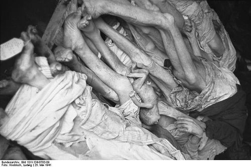 Bundesarchiv Bild 101I-134-0783-09, Polen, Ghetto Warschau, Leichensammelstelle.jpg