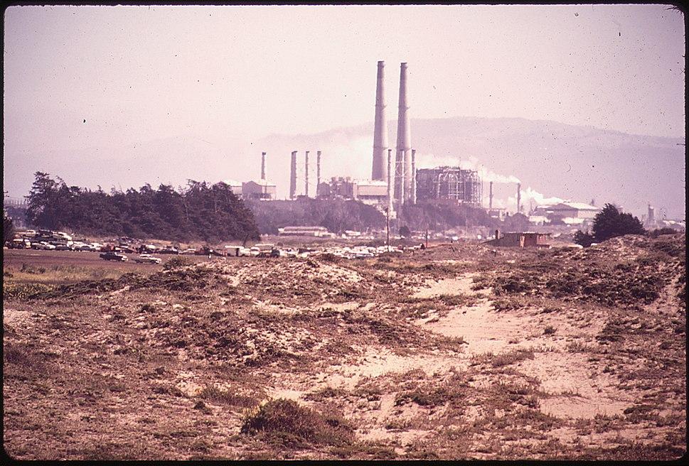 CALIFORNIA-MOSS LANDING - NARA - 543160