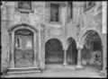 CH-NB - Monthey, Château, Cour, vue partielle - Collection Max van Berchem - EAD-7626.tif