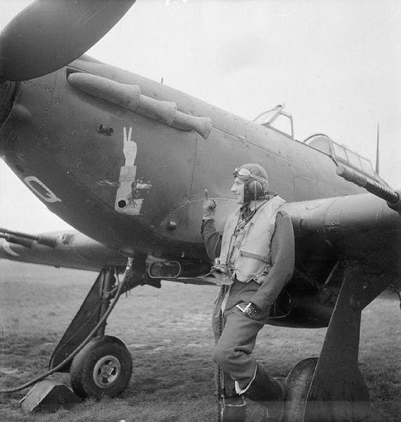 Do Božića 3 Revell 1/72 Sea Hurricane Mk.IIc 570px-CH_004015