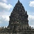 Candi Prambanan 1.jpg