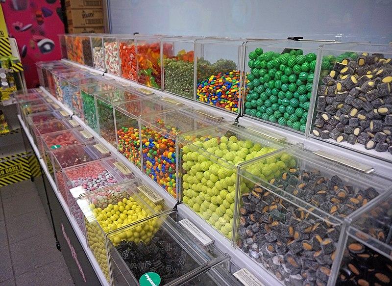 File:Candy shop in Kuopio.jpg
