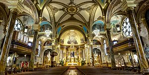 St. John Cantius Church (Chicago) - The Baroque interior of Saint John Cantius Church