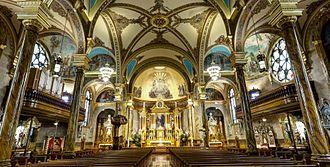St. John Cantius Church (Chicago) - The Baroque interior of Saint John Cantius Church