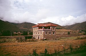 Litang County - Modern Tibetan home on road Kangding to Litang