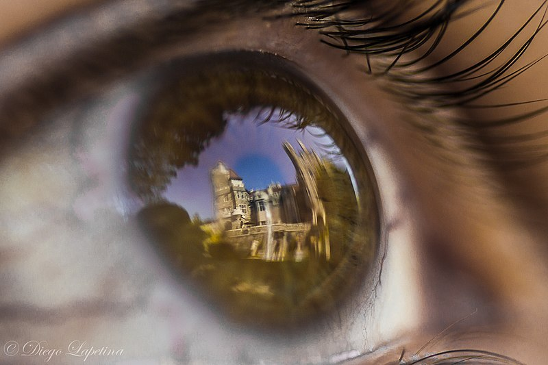 File:Castle using eye for wide angle lens.jpg