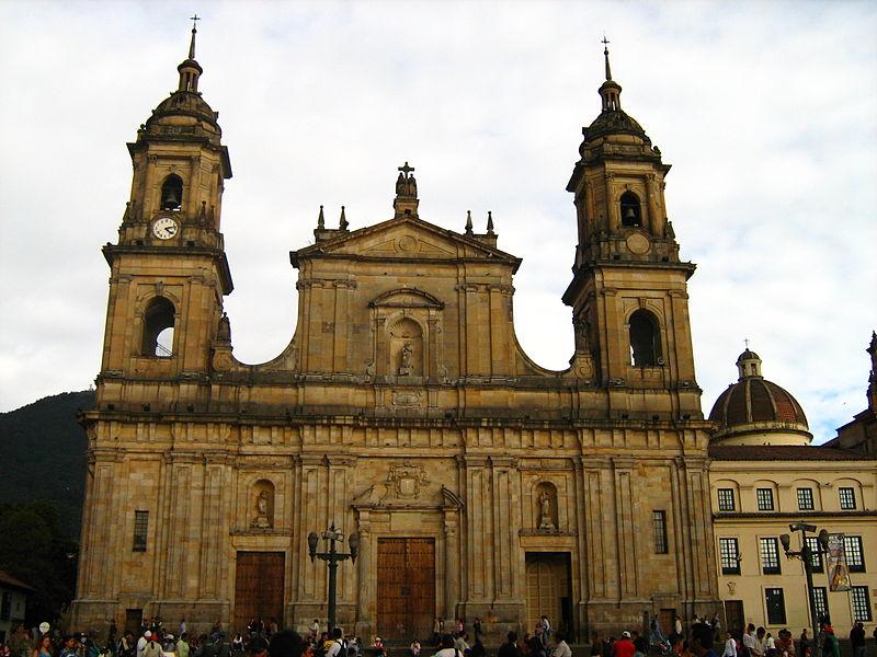 File:Catedral primada bogota.JPG