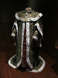 Ceremonial robes of a knight of the Hungarian Order of St Stephen (Vienna, c. 1764) (6363249549).jpg