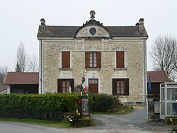 Chapdeuil mairie.JPG
