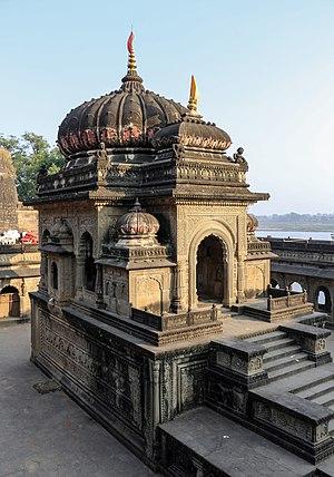 Vithoji Rao Holkar - Chhatri of Vithoji in Maheshwar