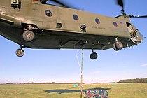 Chinook - RAF Odiham 2006 (2349139039).jpg