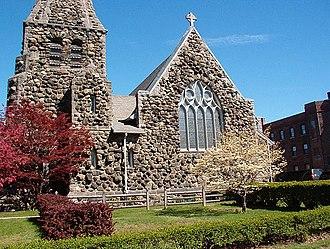 Christ Episcopal Church (Waltham, Massachusetts) - Image: Christ Church Waltham Mass Western Facade
