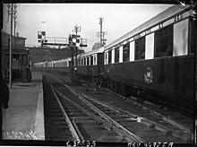 Coaches of the train la Fleche d'Or (Gare du Nord, 1927).jpg