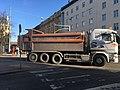 Construction truck maneuvers (41331557094).jpg