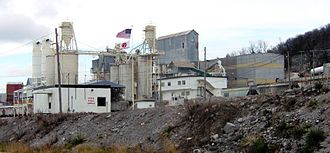 Crab Orchard, Tennessee - Franklin Industrial Minerals mine and plant in Crab Orchard