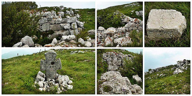 File:Cross Petrovski krust Dragoman BG.jpg