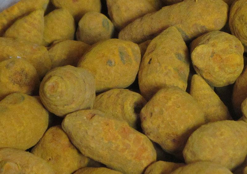 படிமம்:Curcuma stem-root – ladies talc..jpg