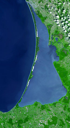 Curonian Spit National Park (Russia) - Image: Curonian Spit from Space, 2006