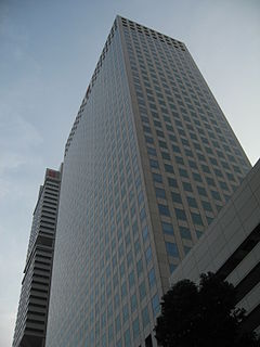 OUE Downtown Office building in Singapore