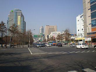 Jung District, Daegu - Image: Daegu thoroughfare