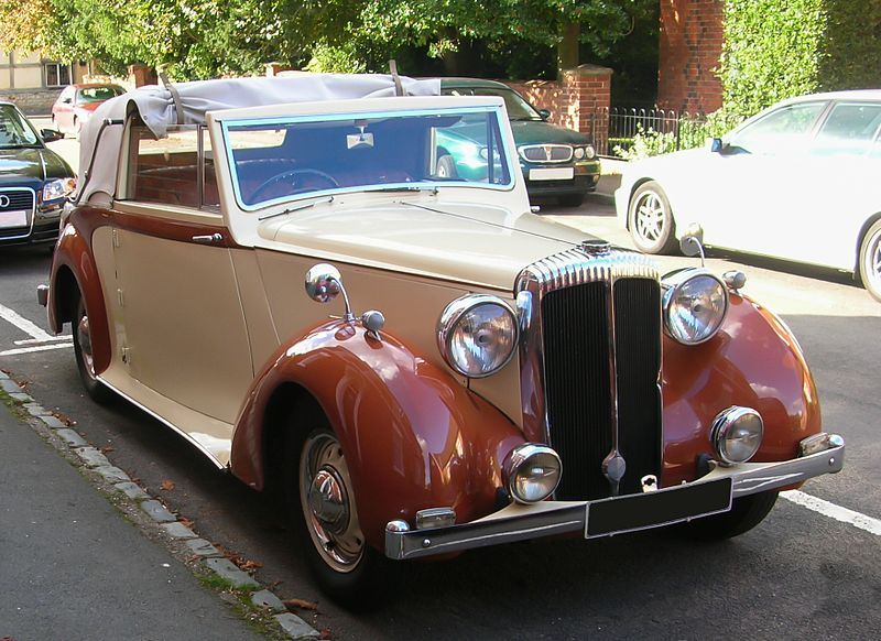 File:Daimler DB18 drophead coupé 1950.jpg