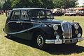 Daimler Empress SUL 742 (16126393969).jpg