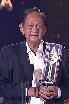 Deddy Sutomo Best Actor Festival Film Indonesia 2015.jpg