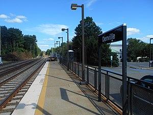 Denville station - Denville station's Montclair-Boonton Line platform