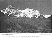Der Szurdse Kund aus Süden mit der Moräne des Milam-Gletschers.jpg