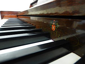 Wurlitzer - Keyboard of a Wurlitzer acoustic piano