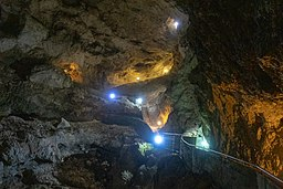 Devil's Throat Cave 40.jpg