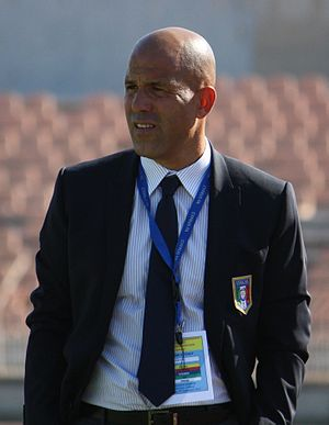 Luigi Di Biagio - Di Biagio in 2013, coaching the Italy Under-21 national football team.