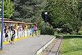 Die Bimmelbahn im Bahnhof - panoramio.jpg