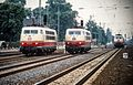 Drei Elektrolokomotiven der Baureihe 103 im Bahnhof Bremen-Hemelingen.jpg