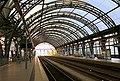 Dresden Hauptbahnhof (19802103503).jpg