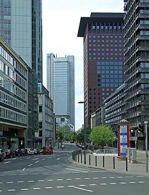 Dresdner-bank-hochhaus-ffm011.jpg