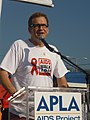 Drew Carey AIDS Walk 2011.jpg