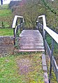 Droitwich Barge Canal footbridge at lock 4 - geograph.org.uk - 1091556.jpg